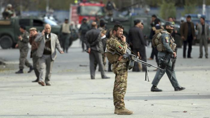 Al menos 65 muertos en un atentado suicida contra líderes religiosos en Kabul