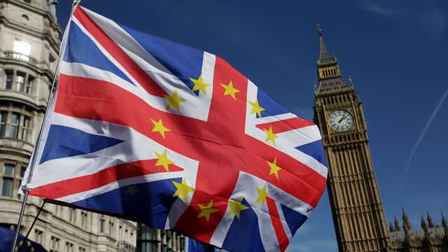 Brexit: le Conseil des ministres britannique valide le projet d