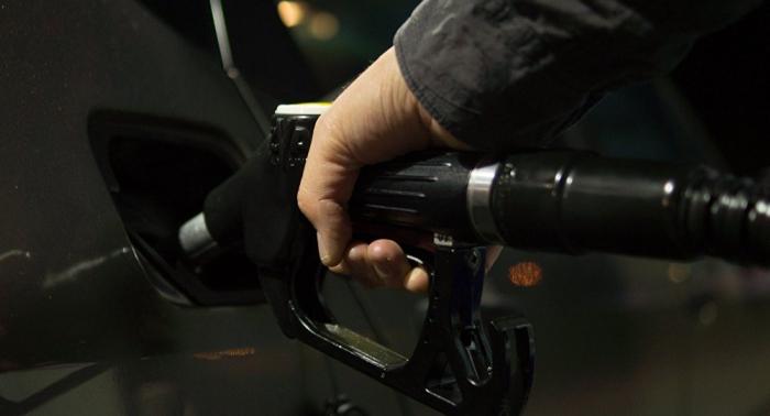 El Gobierno de Francia mantendrá sin cambios los impuestos a los carburantes