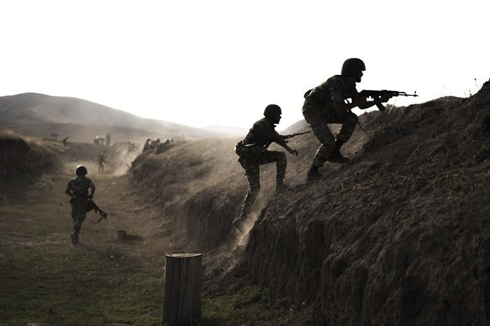 Ermənistan ordusu Naxçıvanla sərhəddəki mövqelərini tərk edir - FOTO