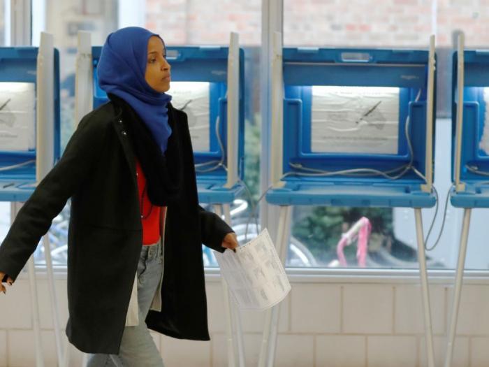 MIDTERMS: Deux femmes musulmanes entrent au Congrès américain