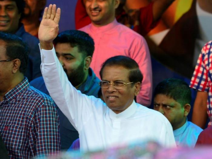 Sri Lanka: le président convoque une réunion pour mettre fin à la lutte de pouvoir
