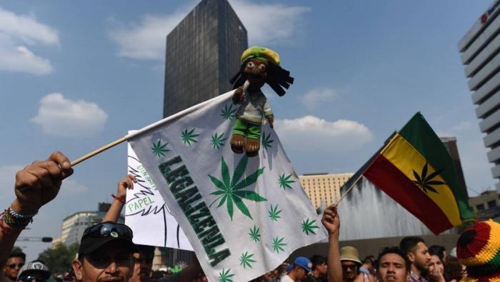 Mexique : le parti présidentiel propose de légaliser la marijuana