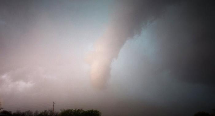 لحظة مرعبة...إعصاران قمعيان يضربان سواحل البحر المتوسط -فيديو