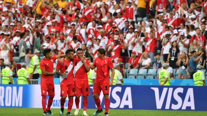La FIFA amenaza con suspender a la Federación Peruana de Fútbol