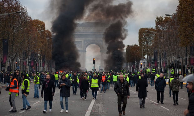 Macron to respond to grievances of low-paid in France after protests