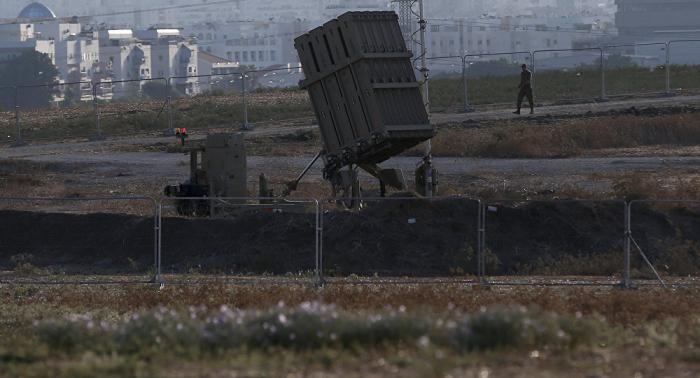 Militares israelíes detectan el lanzamiento de 17 misiles desde Gaza