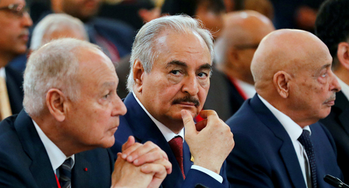 Los dos hombres influyentes de Libia se cruzan en un encuentro al margen del foro de Palermo