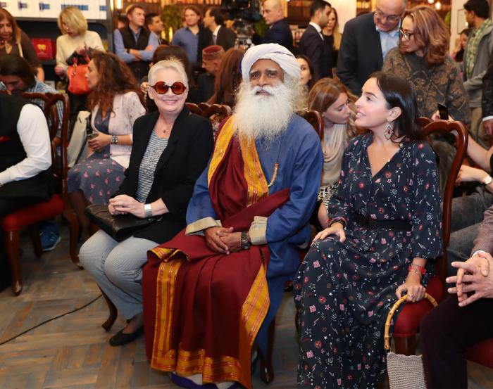 Leyla Əliyeva məşhur mistikin kitab təqdimatında - FOTOLAR