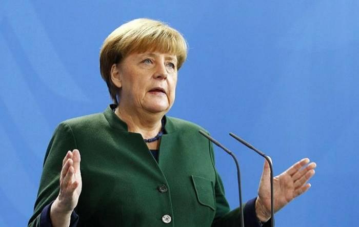 """Merkel Qarabağdan danışdı: """"Buna göz yuma bilmərik"""""""