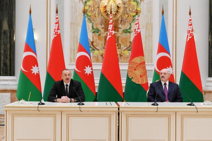 Azerbaijani, Belarus presidents make press statements