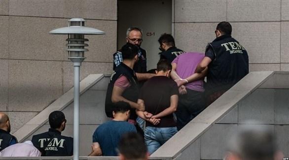 """تركيا: اعتقال 74 جندياً في إطار تحقيق بشأن """"فيتو"""""""