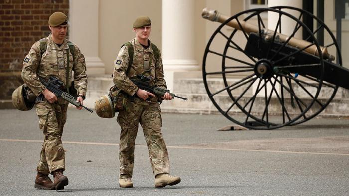 El Ejército británico planea desplegar tropas en las calles en caso de un