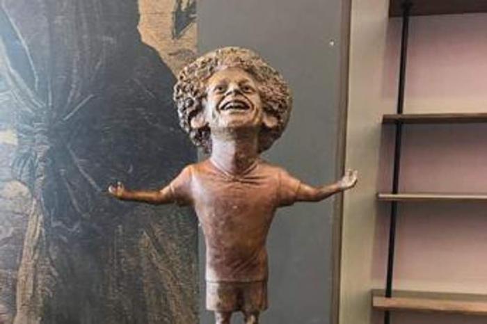 La statue complètement ratée de Mohamed Salah