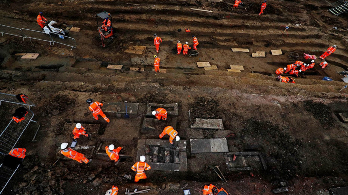 Mass dig of 60,000 skeletons from 230-year-old cemetery set to expose London's secrets
