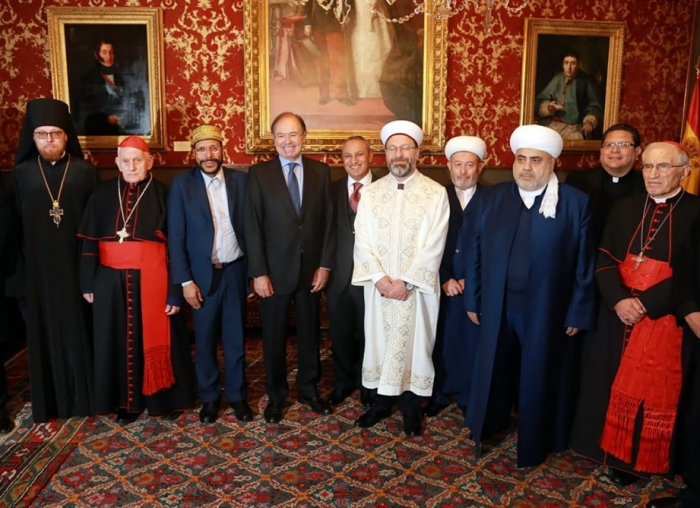 Chairman of Caucasus Muslims Office meets with president of Spanish Senate