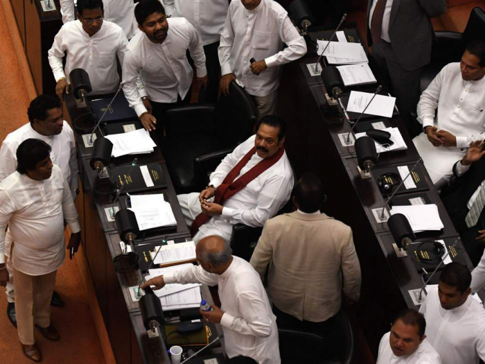 Sri Lanka crisis: Parliament votes to reject new prime minister installed by president