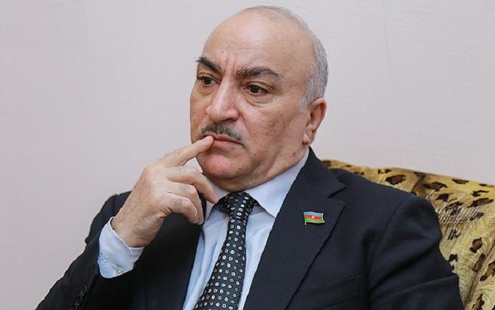 """""""Hamı mənə baxıb deyir ki, bunun danışmağa üzü də var"""" - Tahir Kərimli"""