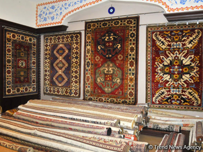 Uzbekistan may follow Azerbaijan, establish own carpet museum