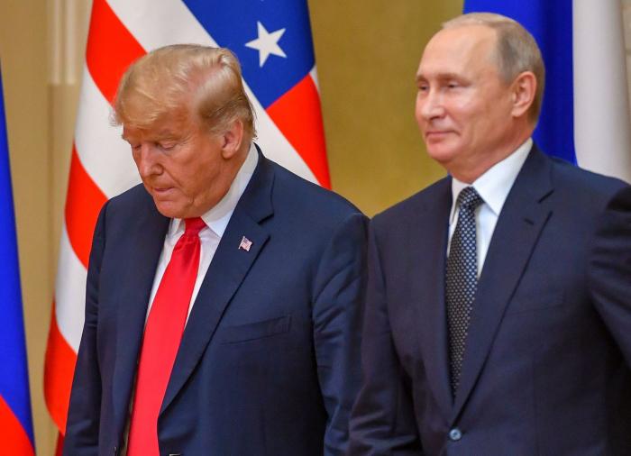 Le FBI a enquêté pour savoir si Trump travaillait pour la Russie