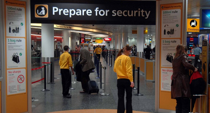 Police Consider Shooting Down Drone at Gatwick Airport Amid Mayhem