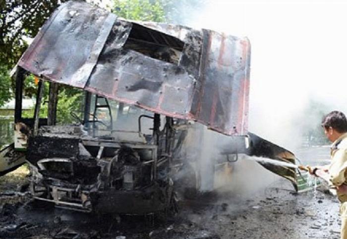 Misirdə turist avtobusu partladılıb: 2 ölü, 12 yaralı