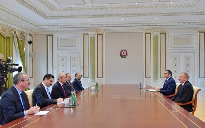Ilham Aliyev rencontrele ministre turc des Transports et des Infrastructures