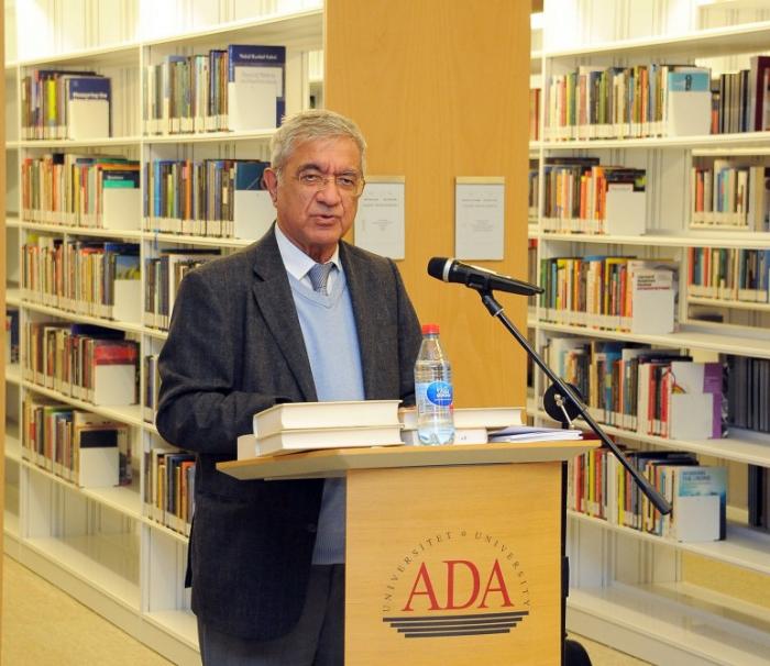 La présentation d'un livreconsacré aux activités des diplomates azerbaïdjanais à la Conférence de la paix de Paris