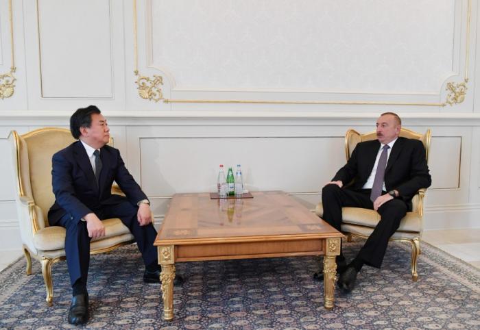Ilham Aliyev rencontre le nouvel ambassadeur de Corée en Azerbaïdjan