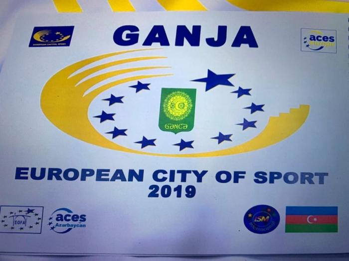 """Ganja übernimmt offizielle Flagge des Titels """"Europäische Sportstadt"""""""