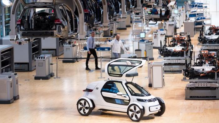 E-Autos kosten Deutschland bis 2035 mehr als 100.000 Jobs