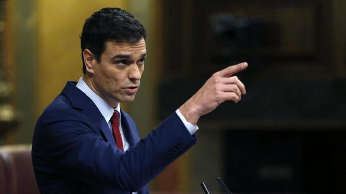 Pedro Sánchez alienta el polémico debate sobre la inviolabilidad del rey en España