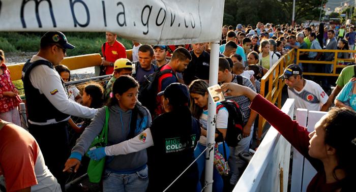 Bogotá abre centro de atención para inmigrantes venezolanos