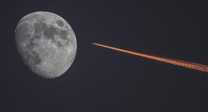 """China schickt weltweit erste Sonde """"hinter den Mond"""" – VIDEO"""