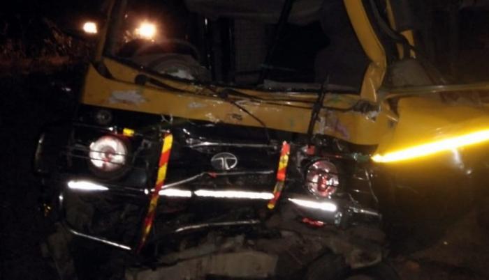 Hindistanda 11 nəfər yol qəzasında ölüb