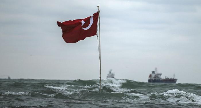 Qué está detrás de la decisión de Turquía de crear una base naval en el mar Negro