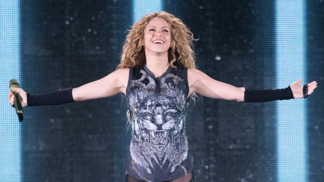 Shakira: Colombian pop star accused of tax evasion in Spain