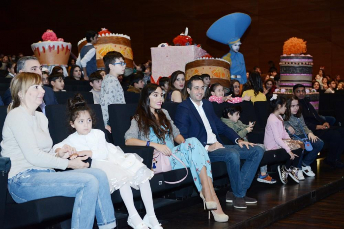 "Leyla Aliyeva attends family mega-show ""Jirtdan in the world of fairytales"""