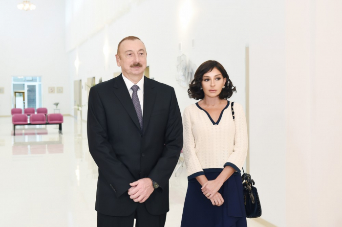 Prezident xanımı ilə Elmi-Tədqiqat Tibbi Bərpa İnstitutunda - FOTOLAR