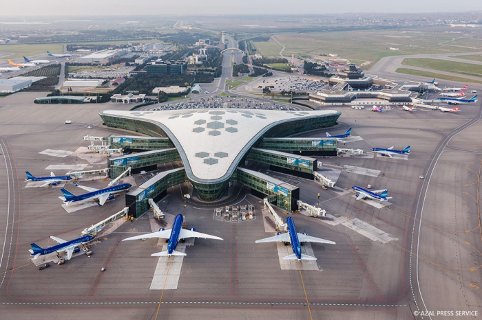 Record number of aircraft uses Azerbaijan's airspace in 2018