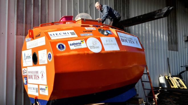 Frenchman sets sail across Atlantic in a barrel