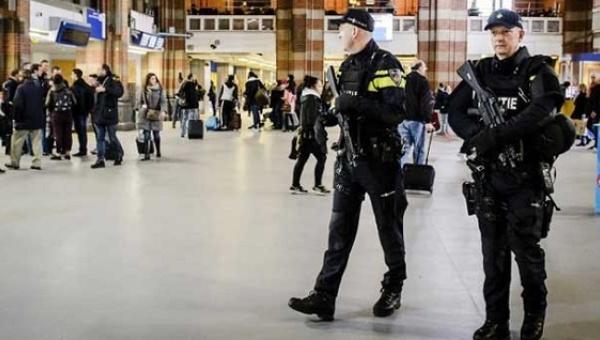 Dutch police arrest 4 people suspected of plotting terrorist attack