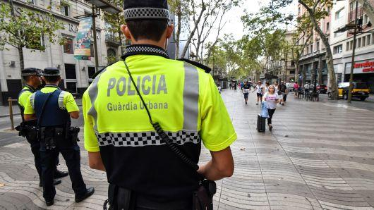 Man arrested while attempting to enter Barcelona
