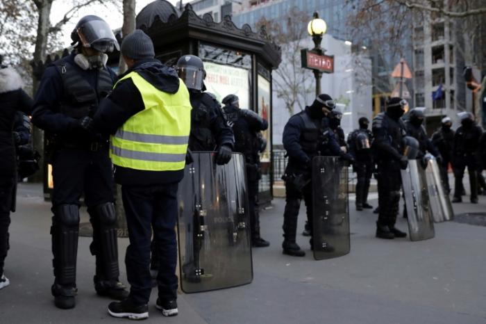 """""""Gilets jaunes"""" :   nouveau samedi sous haute tension en France"""