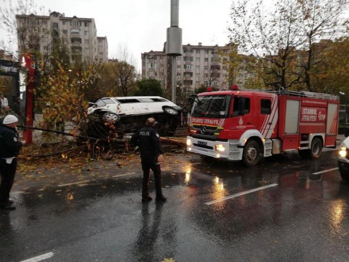 İstanbulda ağır yol qəzası - 14 yaralı