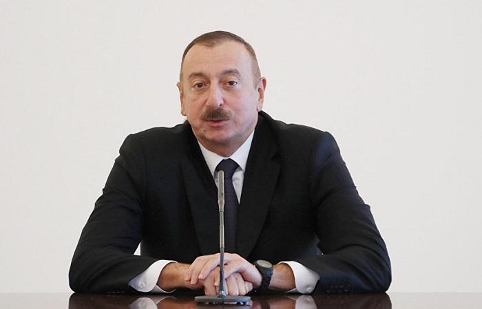 """""""Biz istəyirik ki, vətəndaşlar rus dilini də, ingilis dilini də bilsinlər"""" - İlham Əliyev"""