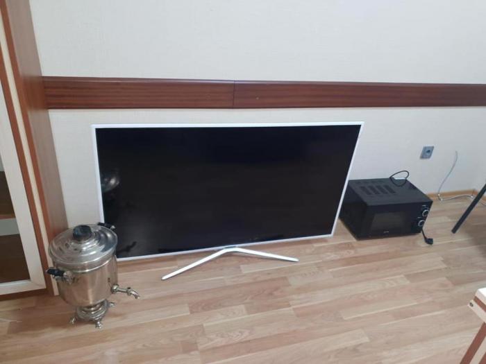 Evdən 3 minlik televizor oğurlayan dəstə saxlanıldı - Fotolar