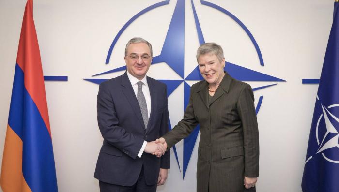 Le ministre arménien des Affaires étrangères aborde le conflit du Karabakh à Bruxelles