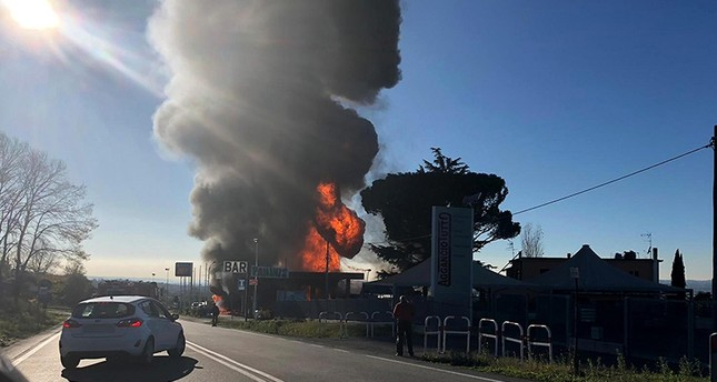 2 dead, 17 injured after explosion at Italy gas station