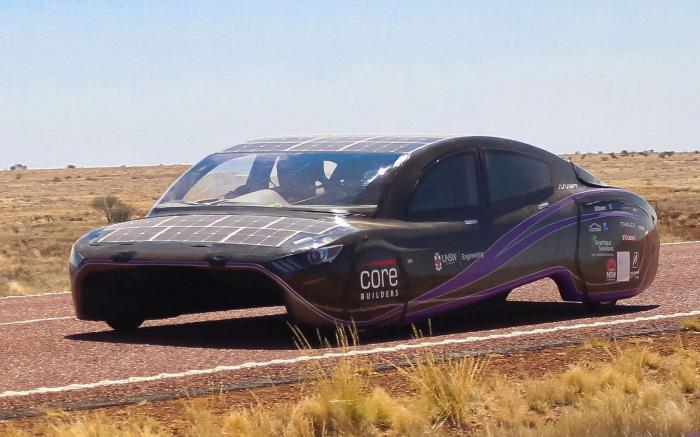 Cette voiture solaire a battu le record mondial d